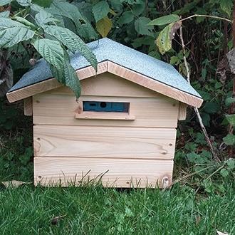 Beepol Villa and Bumblebee Hive